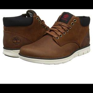NWT Timberland Bradstreet Chukka Sneaker Boots